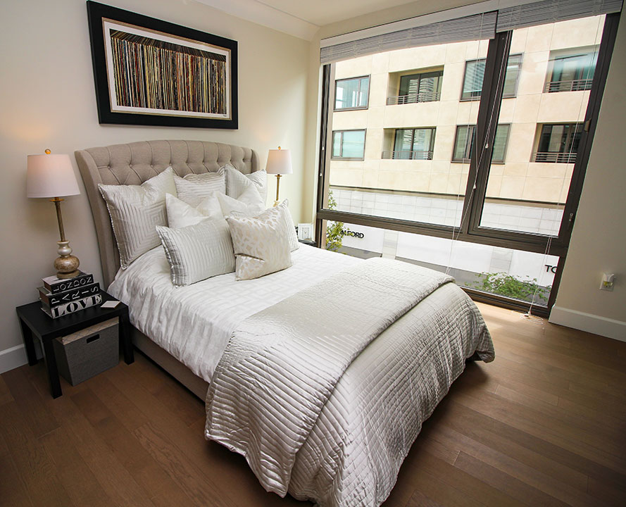 three bedroom penthouse courtyard view  luxury extended
